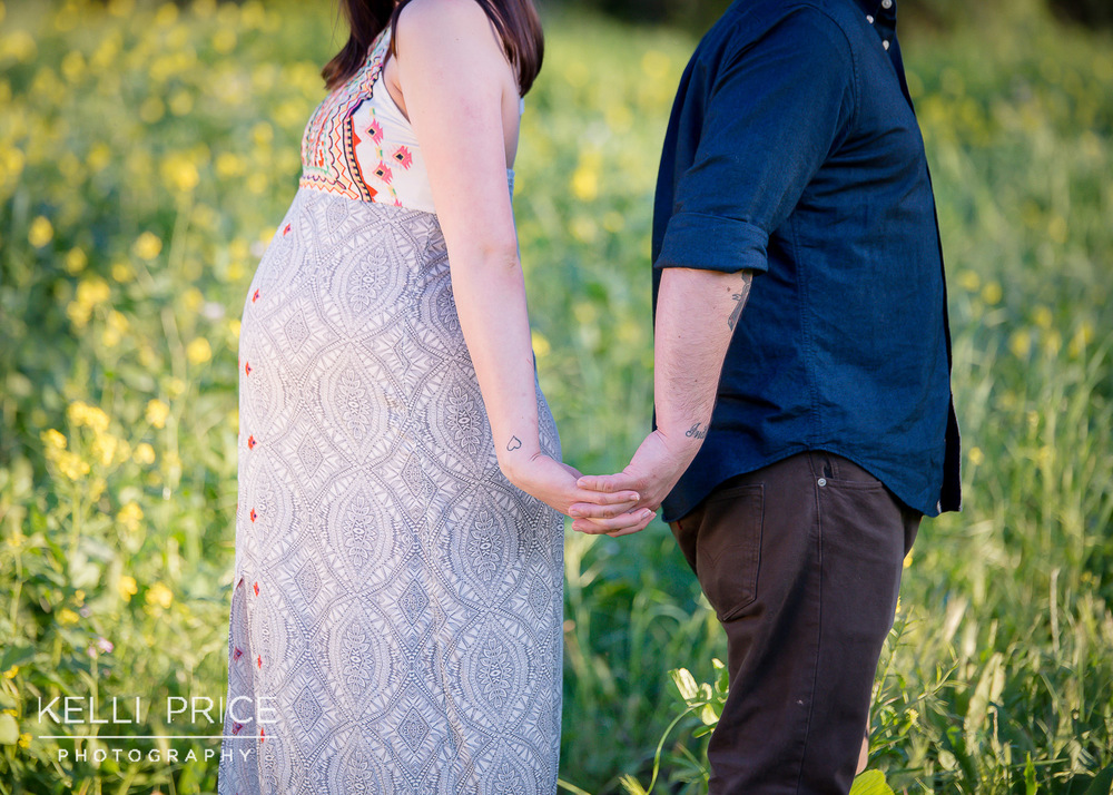 JohnstonMaternity19KelliPricePhotography_WalnutCreekCalifornia.jpg