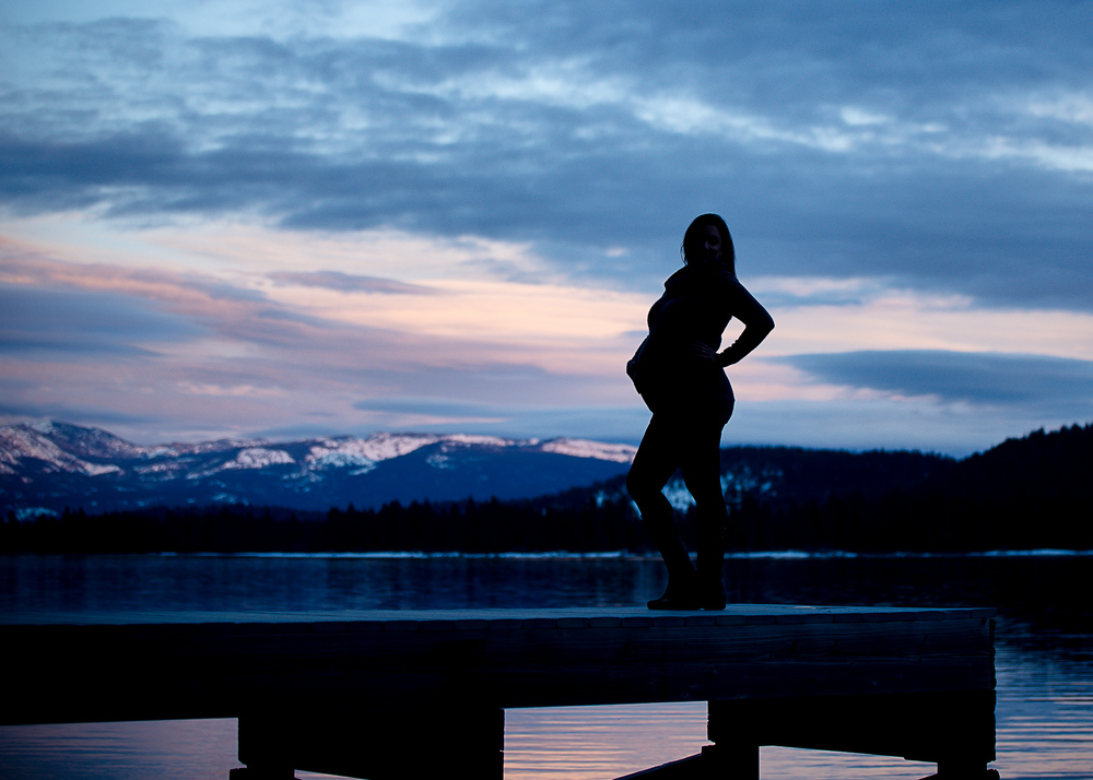 GoldbergMaternity15KelliPricePhotography_DonnerPass_Truckee_California.jpg