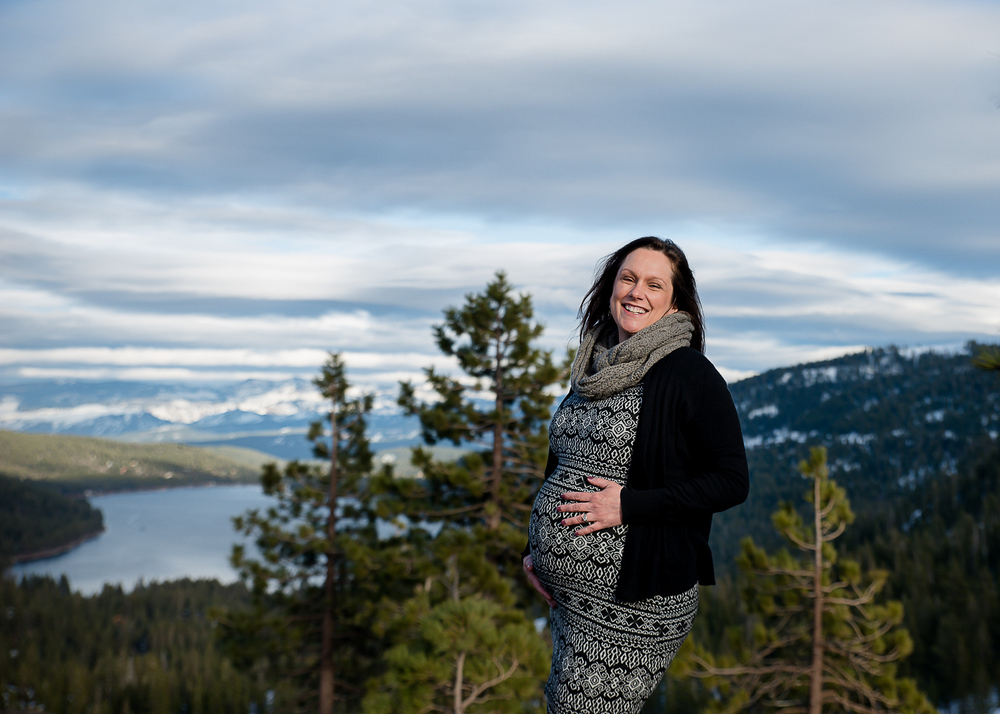 GoldbergMaternity18KelliPricePhotography_DonnerPass_Truckee_California.jpg