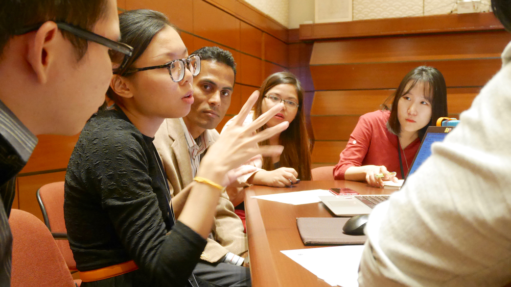 Yvonne Teo from Malaysia took a lead in inspiring discussion at the Young Leaders Program.