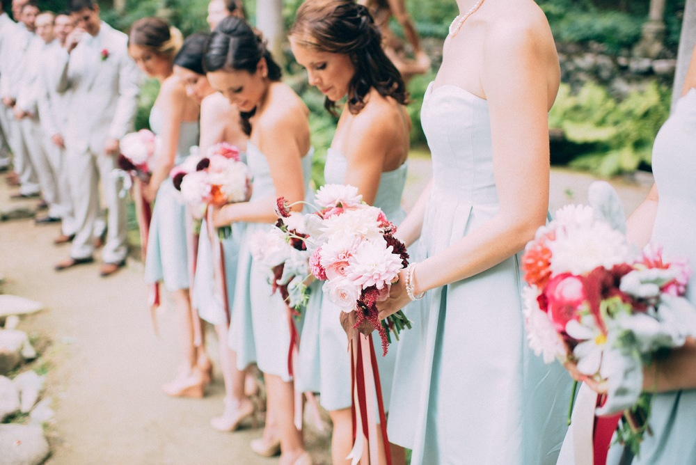 bridesmaids-at-ceremony