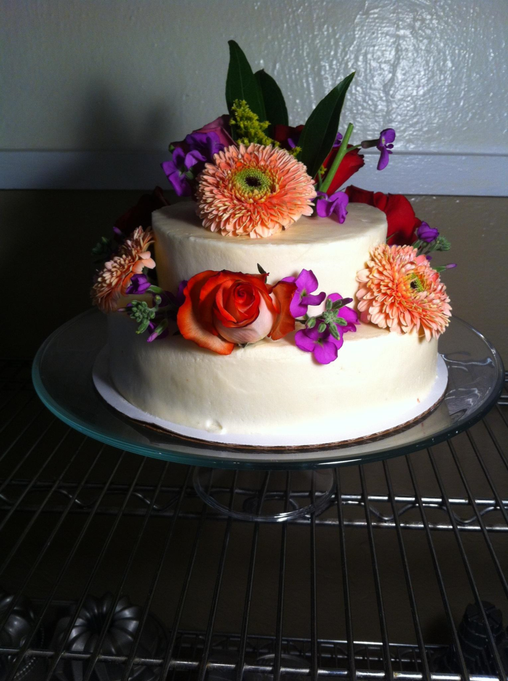 fresh flower cake.png