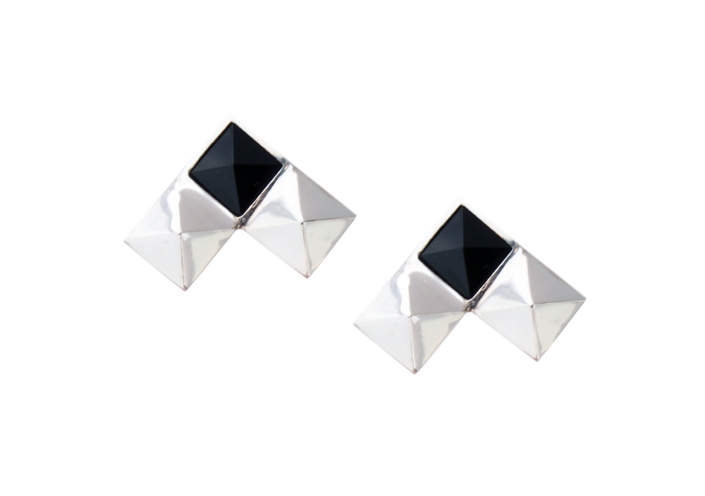 SilverStoneStudCufflinks-BlackAgate.jpg