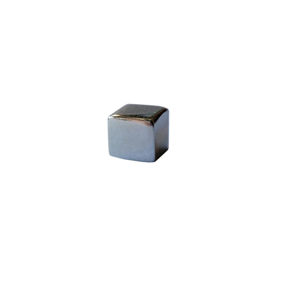 micromini_cube_stud.jpg