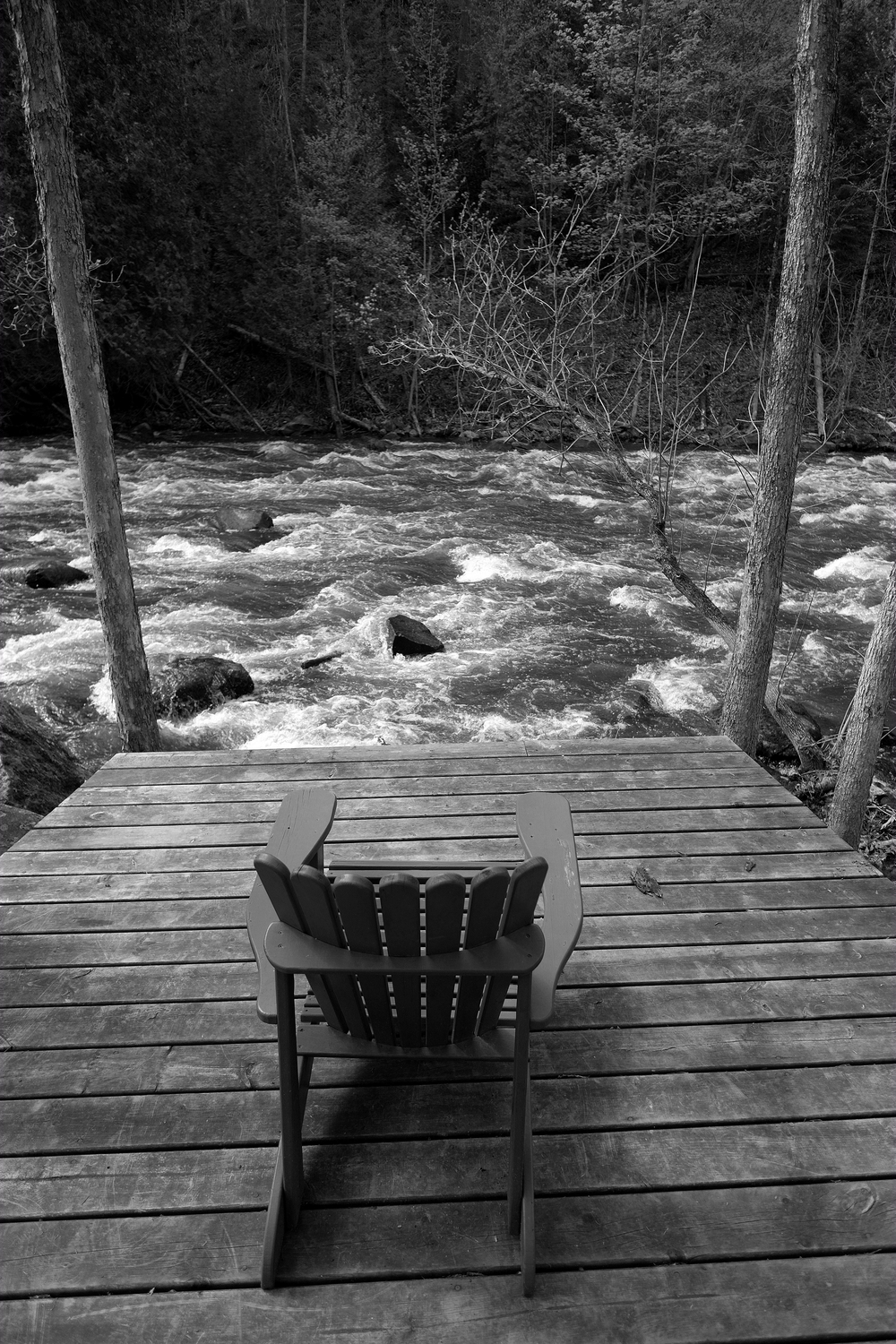 Deck. Chair. Fujifilm X-E1 with 14mm. ISO 200, 1/420 sec at f/2.8.