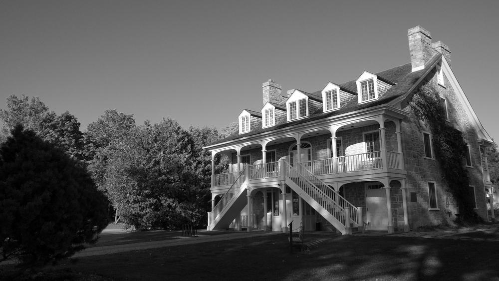 Symmes Inn