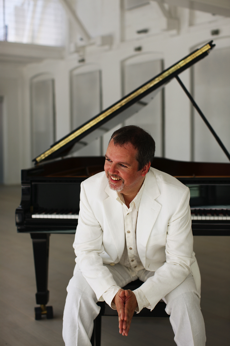 Niklas Sivelov