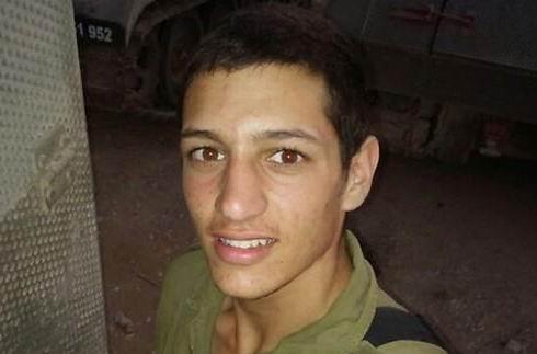 Sargeant Dor Deri, 18