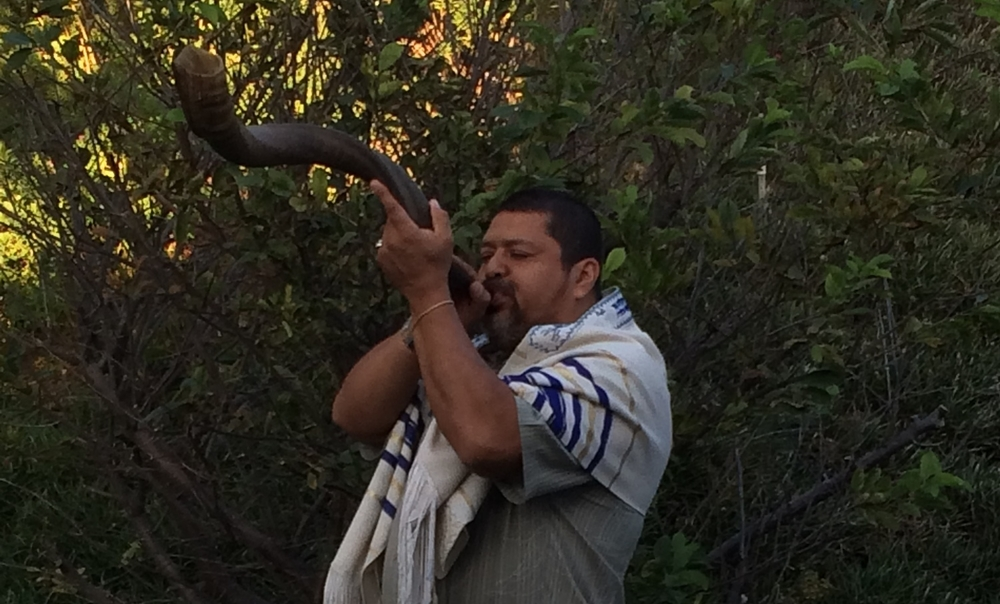 Ariel Blows the Shofar