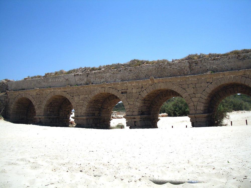 Israel Tour 2013 (Roman Aquaduct)