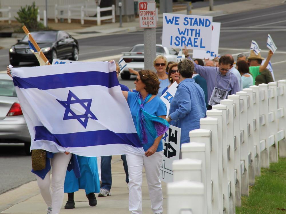 marching 2.jpg