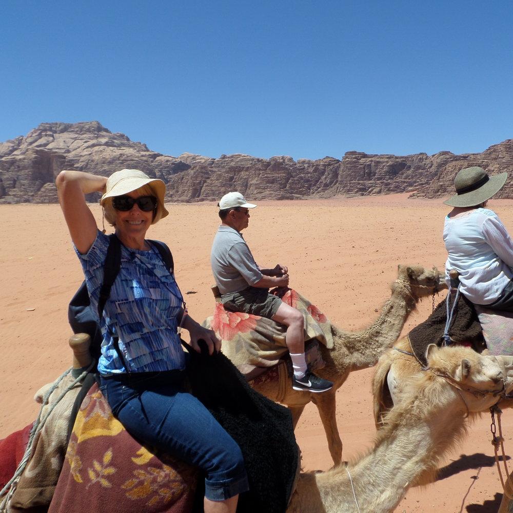DSCN0239zk Camel Vickie.JPG