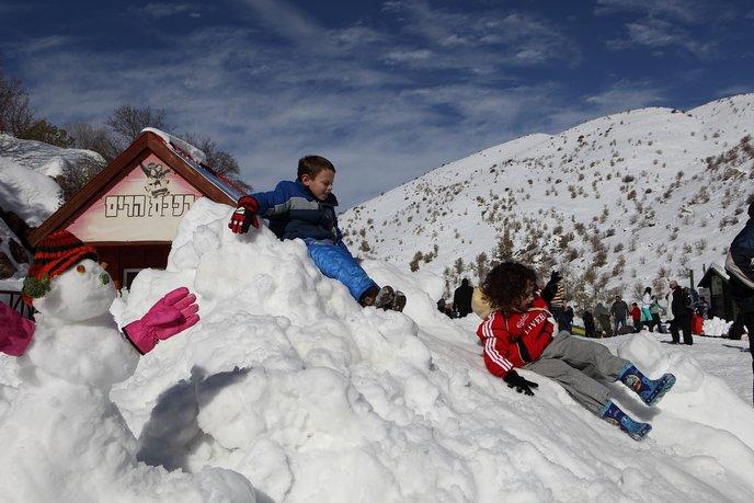 Snow Mt. Hermon.jpg