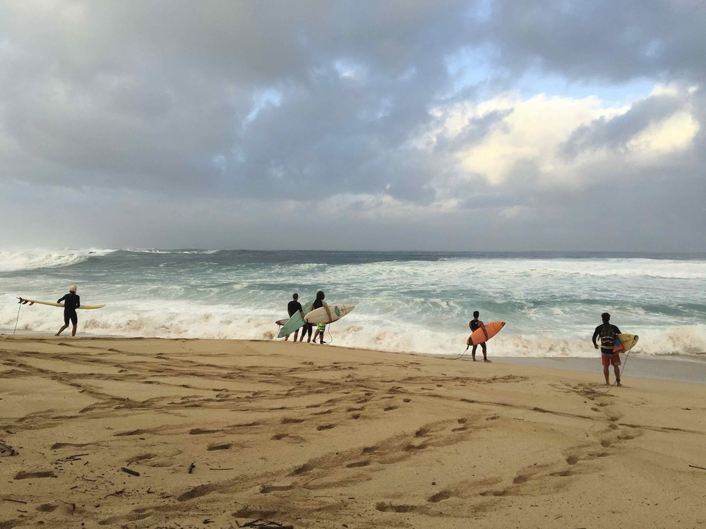 Waimea Beach Photograph, 16 January, 2016;  copyright © Tennyson Woodbridge, 1963 to present