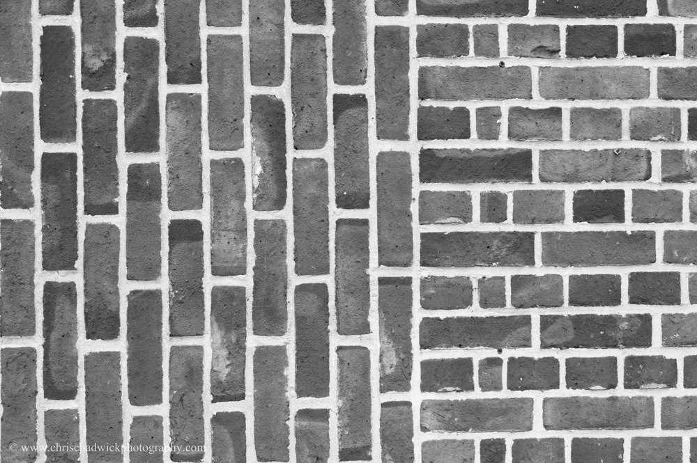 A combination of vertical and horizontal lines. I thought this was interesting as there were bricks laid perpendicular to each other, which I thought was a bit odd. Although any brickwork will have some horizontal and vertical lines, the strange layout increases how noticeable they are.