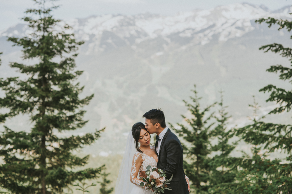 20-whistler-nitalake-wedding-yvonnedan-web-5753.jpg