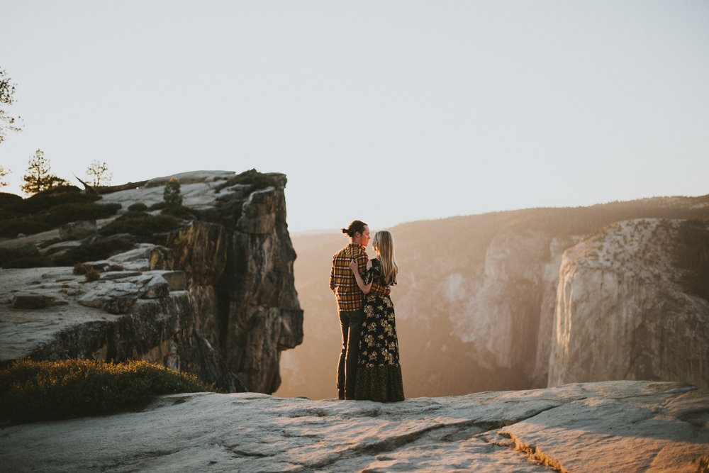 Yosemite Engagement Photographer Taft Point