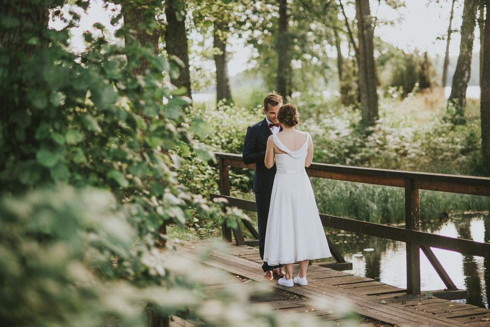 37-stjarnsund-sweden-wedding-martarobin-web-8606.jpg