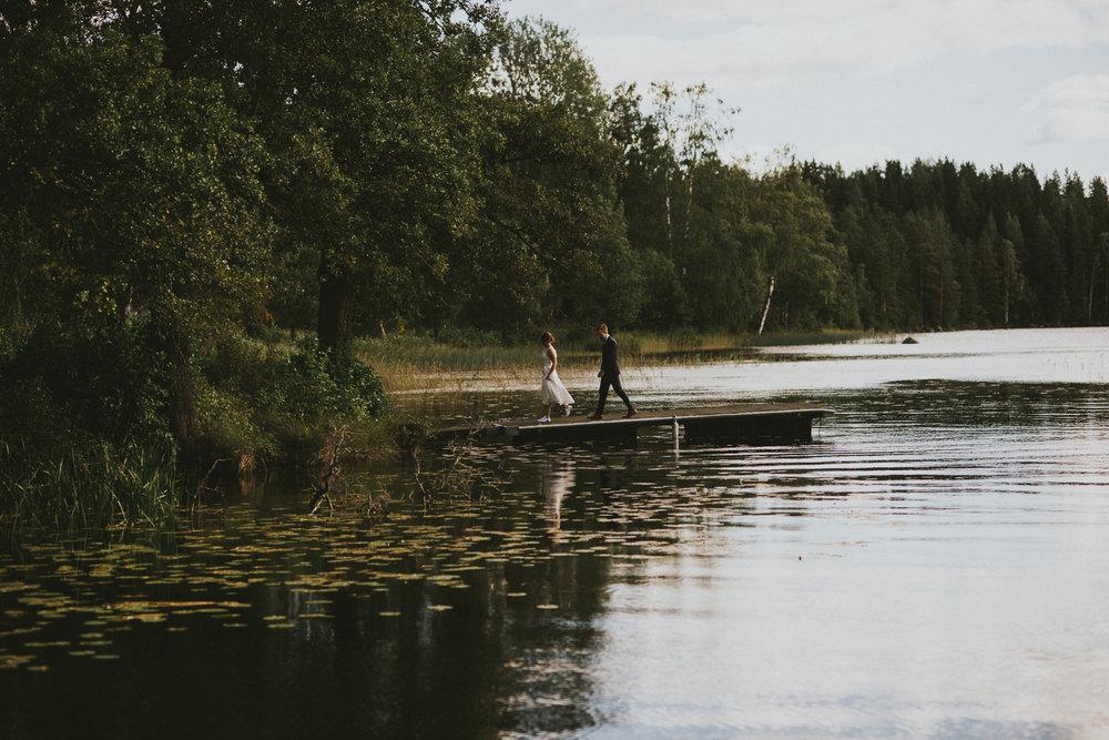 69-stjarnsund-sweden-wedding-martarobin-web-8673.jpg