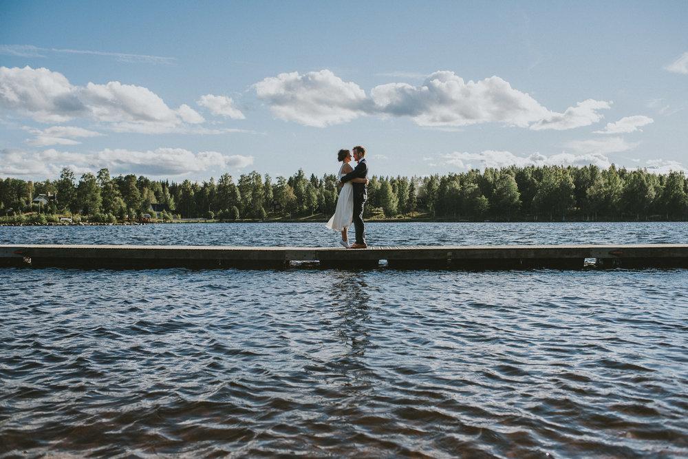 63-stjarnsund-sweden-wedding-martarobin-web-4903.jpg