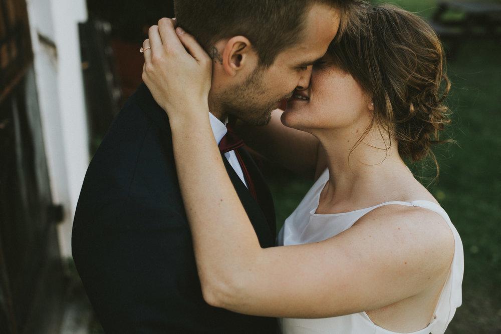 72-stjarnsund-sweden-wedding-martarobin-web-4961.jpg