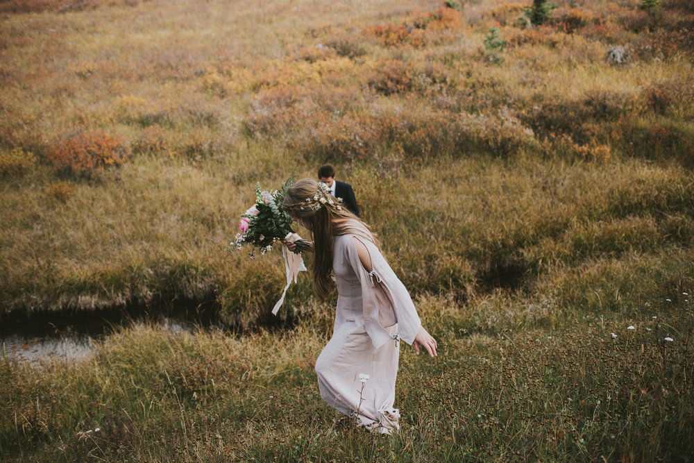 bride groom walk field kananaskis