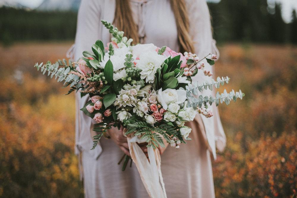 kananaskis bride flower bouquet portrait