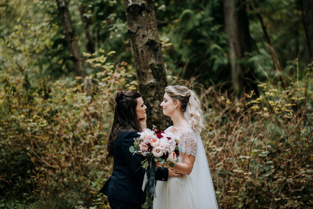 57-vintage-vancouver-gastown-same-sex-wedding-the-permanent-ellesarah-sara-rogers-photography-8046.jpg