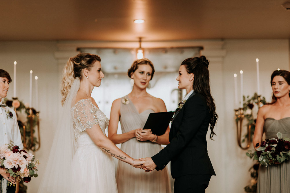 127-vintage-vancouver-gastown-same-sex-wedding-the-permanent-ellesarah-sara-rogers-photography-0939.jpg