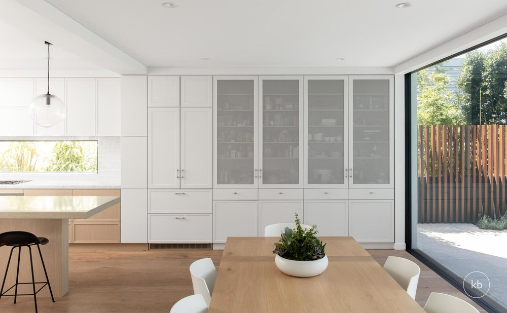 ©-Kate-Bell-Interior-Architecture-&-Design-Bronte-Yanko-project-Dining-02.jpg