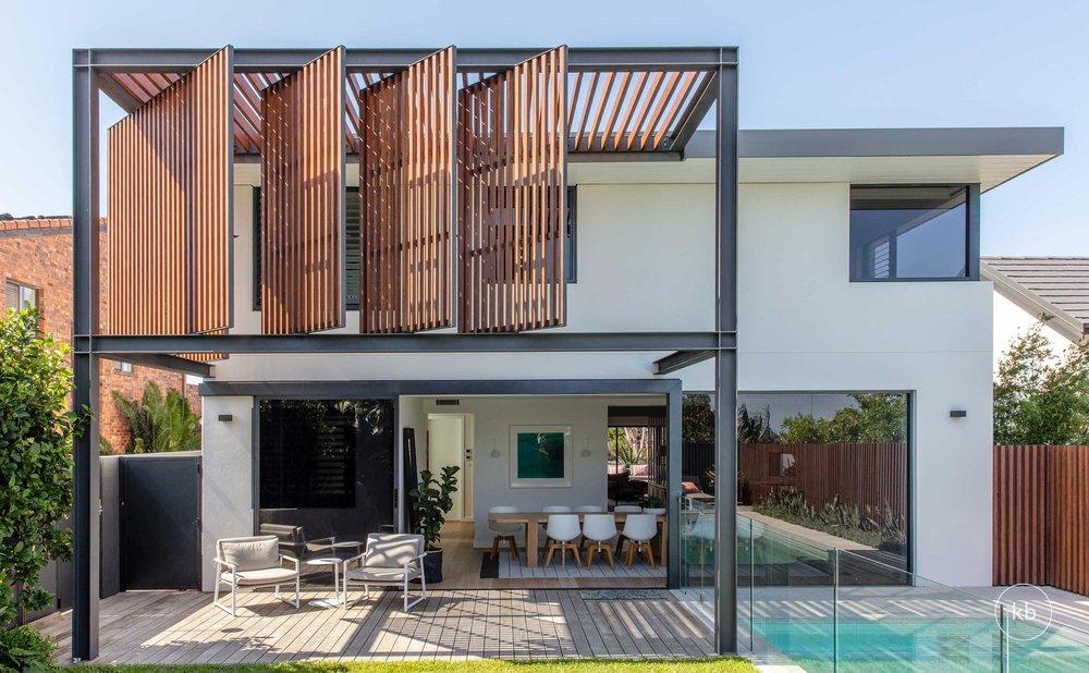 ©-Kate-Bell-Interior-Architecture-&-Design-Bronte-Yanko-project-Outside-03.jpg