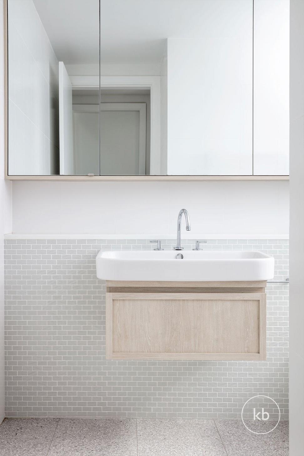©-Kate-Bell-Interior-Architecture-&-Design-Bronte-Yanko-project-Bathroom-02.jpg
