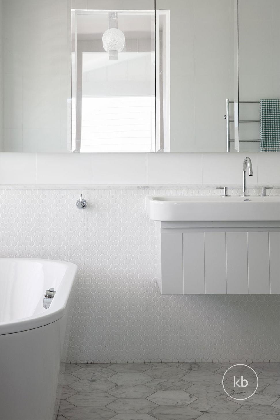 ©-Kate-Bell-Interior-Architecture-&-Design-Bronte-Yanko-project-Bathroom-03.jpg