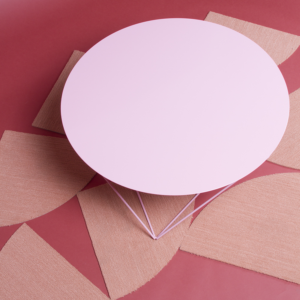Attrayant Pink Coffee Table