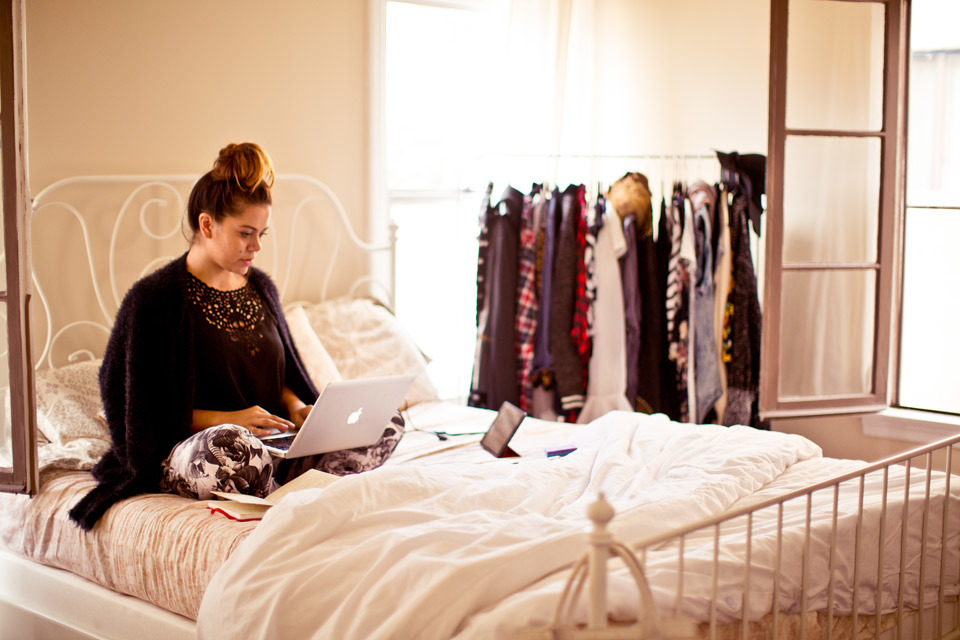 christina-topacio-profresh-style-sabrina-noel-hill-los-angeles-fashion-blogger-working-from-home-vintage-bedroom-inside-my-home-bebe-24.jpg