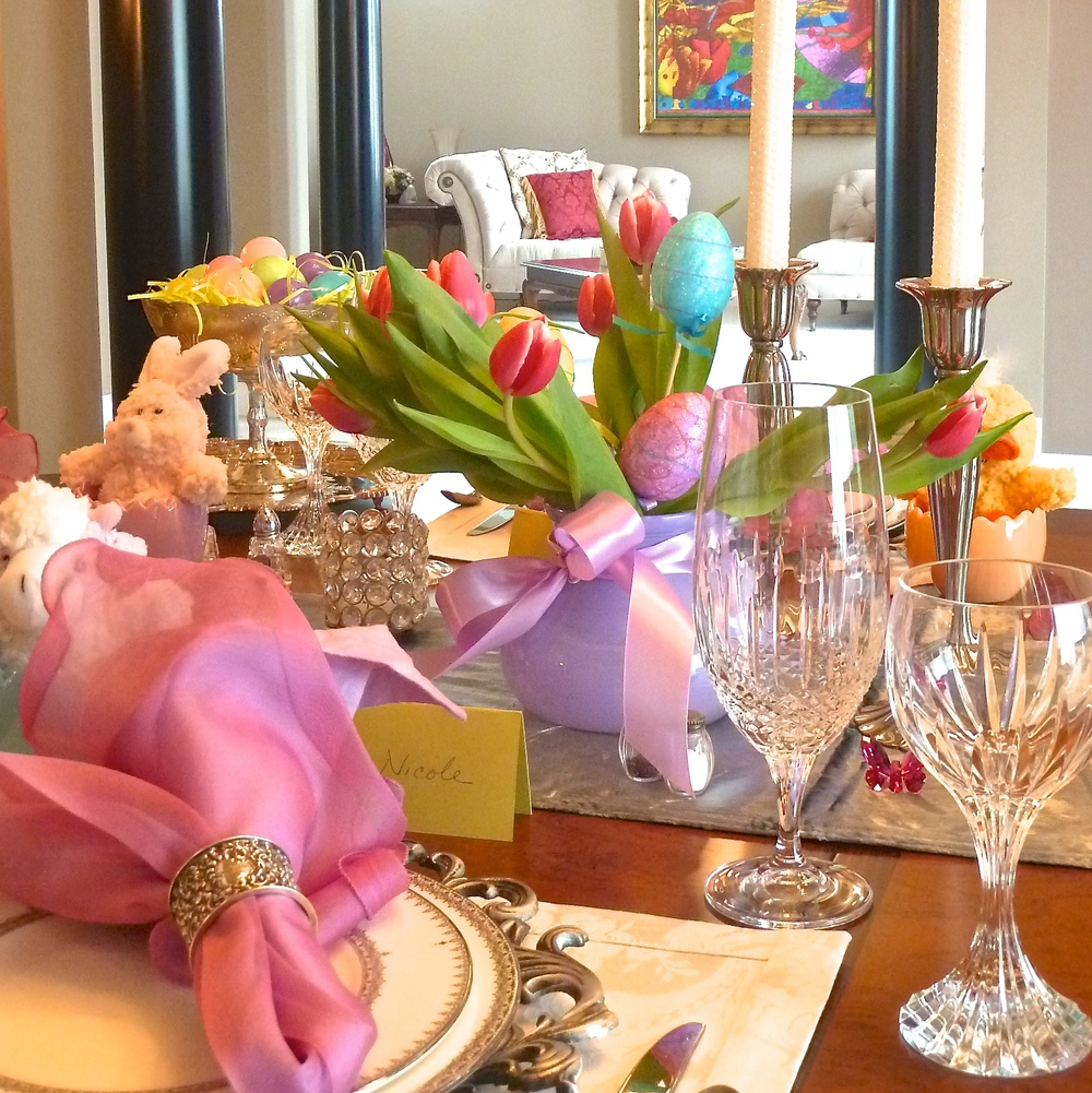Barb's_Easter_tablesetting_photo.jpeg