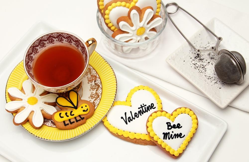 Bee Mine Cookie Gift Set