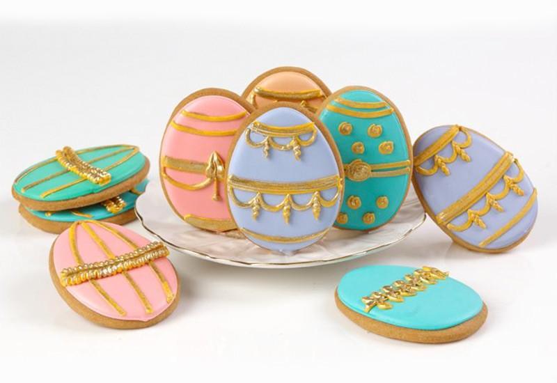 ec_easter_rect-01-painted-eggs.jpg