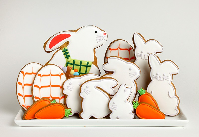 ec_easter_rect-01-rabbit-garden.jpg