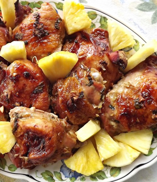 Mom 39 s picnic chicken hawaiian spirited table for Table 52 fried chicken recipe