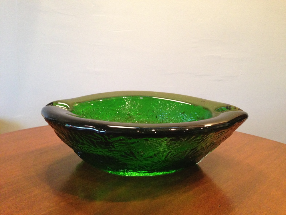Blenko blown glass ashtray in emerald green