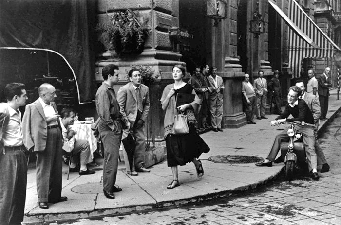 Photo credit: Ruth Orkin, American Woman in Italy