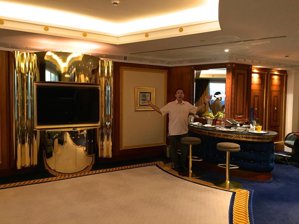 Teri_Dubai_Travels_spiritedtable_photo.38.jpg