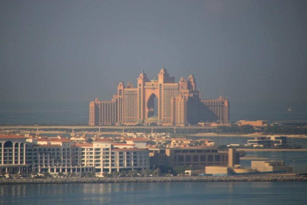 Teri_Dubai_Travels_spiritedtable_photo.03.jpg
