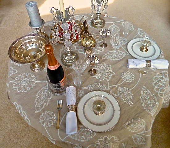 Table setting by Barb Hamilton-Sustad Photo by Cindi Sutter