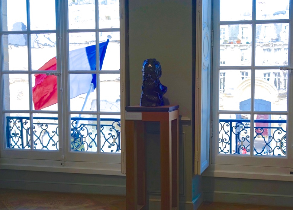 Portrait Bust of Rodin and French Flag (Photo courtesy of Lisa Michaux)