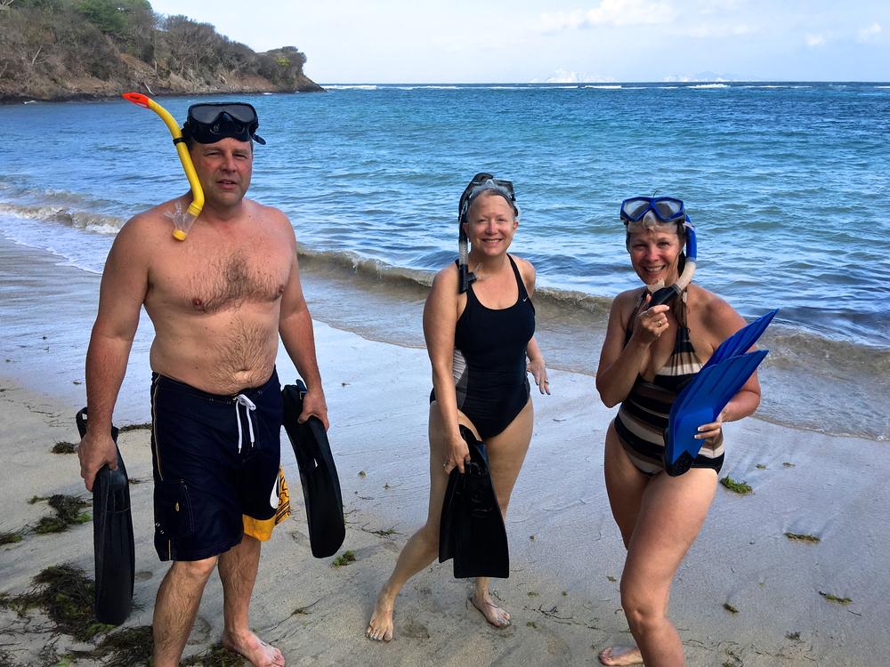 teri_bequia_pt4_snorkeling_lunch_spiritedtable_photo05.jpg