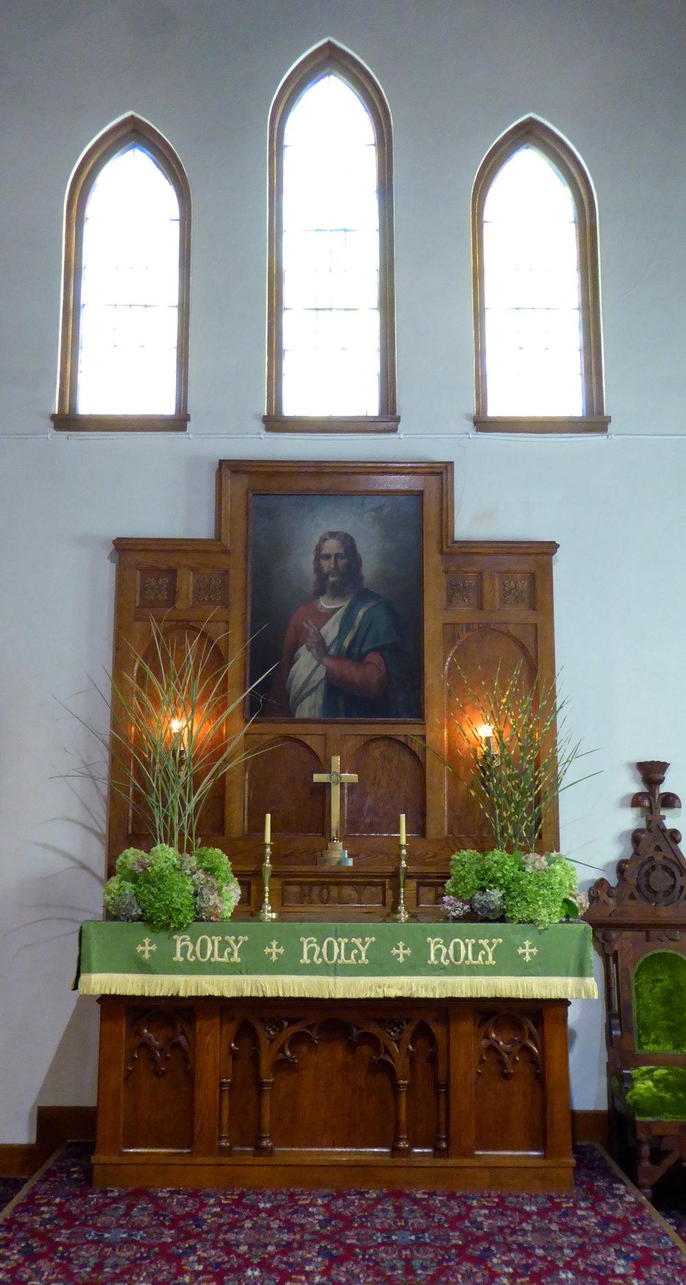 madelineisland_church_911_flowers_spiritedtable_photo.2.jpg
