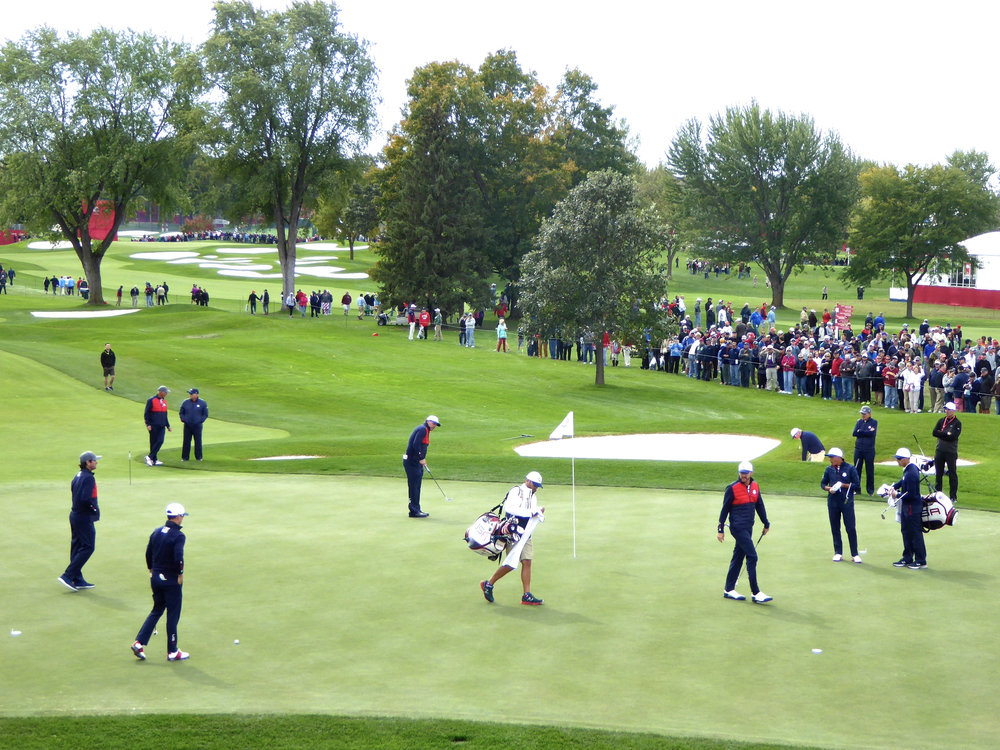 cindi_rydercup_#6USAphil_spiritedtable_photo1.jpg