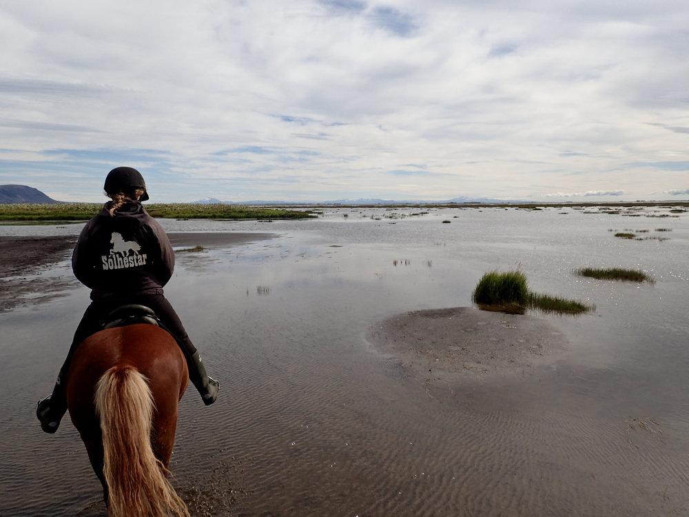 teri_horsebackriding_Iceland_spiritedtable_photo7.jpg